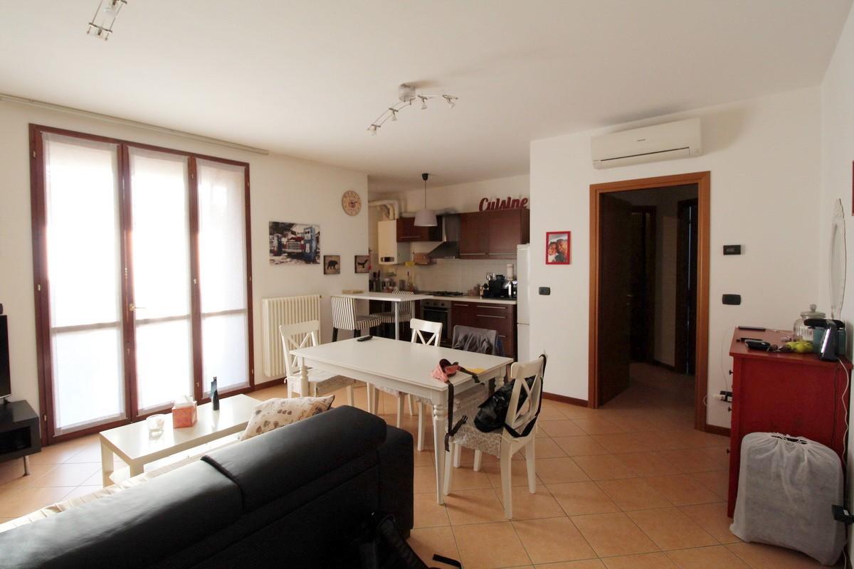 Appartamento in affitto Reggio Emilia Zona SAN BARTOLOMEO