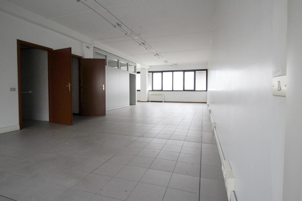 Ufficio in affitto Casalgrande CASALGRANDE